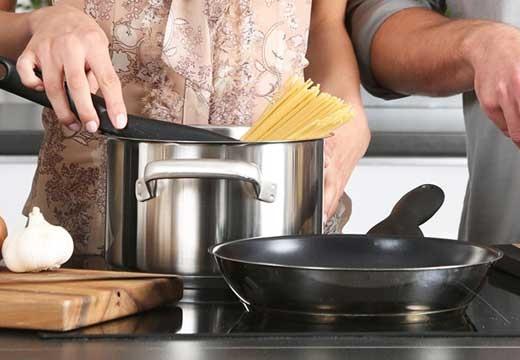 Poznaj idealne akcesoria do każdej kuchni i sprawdź, czy już je masz!