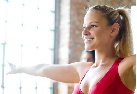 Poznaj 4 proste i skuteczne ćwiczenia na rozciąganie po bieganiu