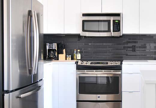 Nowoczesne rozwiązania do Twojej kuchni . Poznaj  niezawodne naczynia kuchenne i sprzęt AGD!