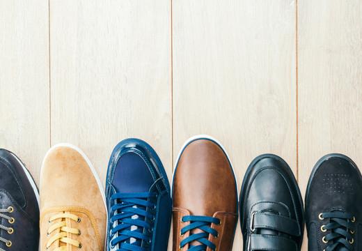 Jak odświeżyć buty? Sprawdzone metody!