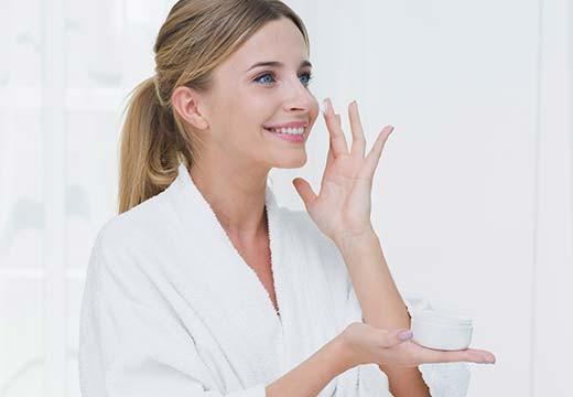 Podkreśl uzyskane efekty! Niezawodne kosmetyki wyszczuplające