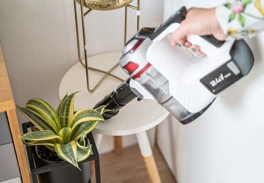 Zadbaj o doskonałą czystość w Twoim domu. Poznaj zalety odkurzaczy pionowych