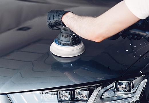 Jak wypolerować auto?