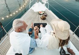 Rocznice ślubu – symbolika, nazwy i pomysły na prezenty