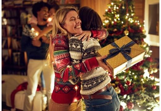 Wyjątkowych i magicznych świąt Bożego Narodzenia życzy zespół TV Okazje!