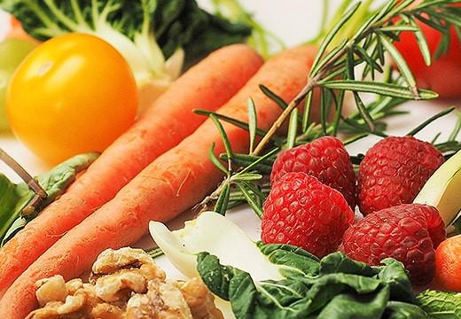 Co jeść latem, czyli warzywa i owoce sezonowe
